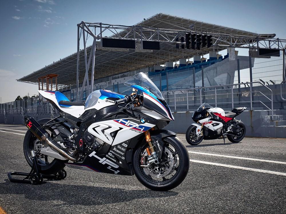 bmw-hp4-race12