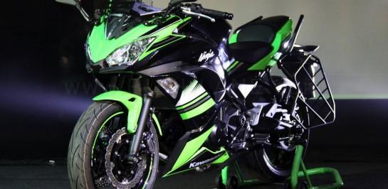 ชัดเจนว่า All New Kawasaki Ninja 400 นั้นจะมีการดีไซน์ที่แตกต่างไปจาก Ninja 650 โฉมใหม่