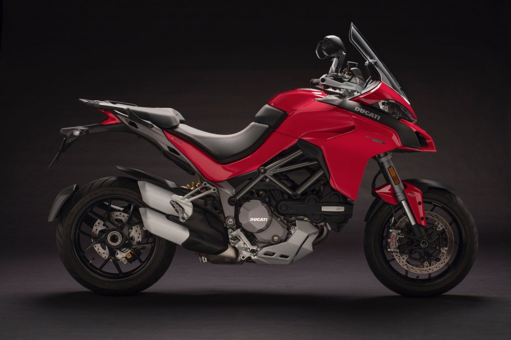 2018-ducati-multistrada-1260-first-look-2