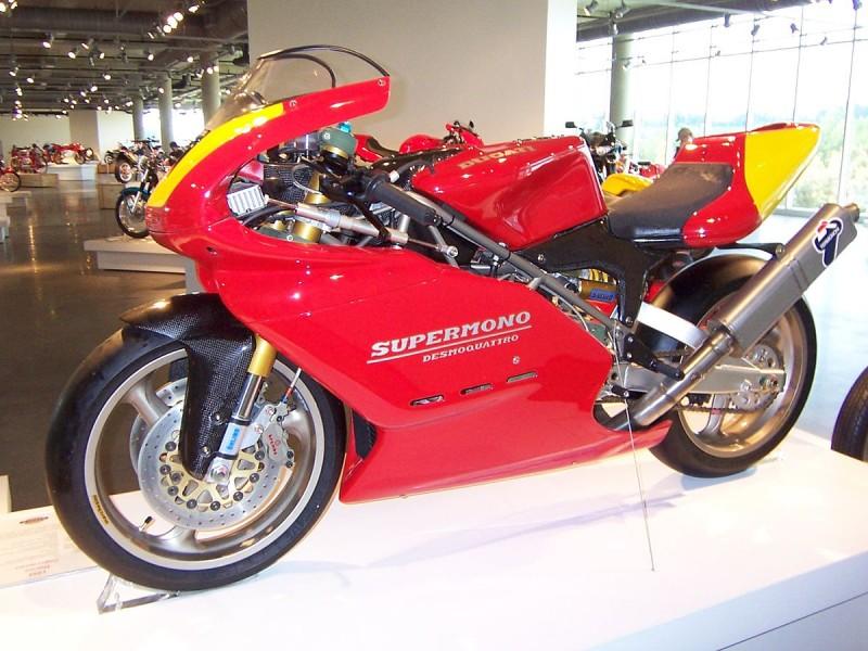 1200px-Ducati_Supermono_2