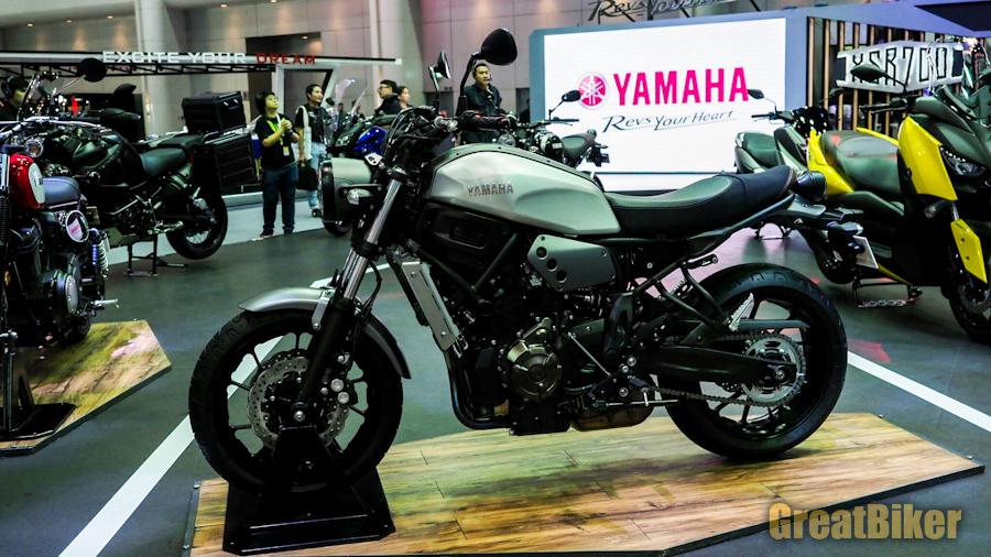 Yamaha XSR700-6