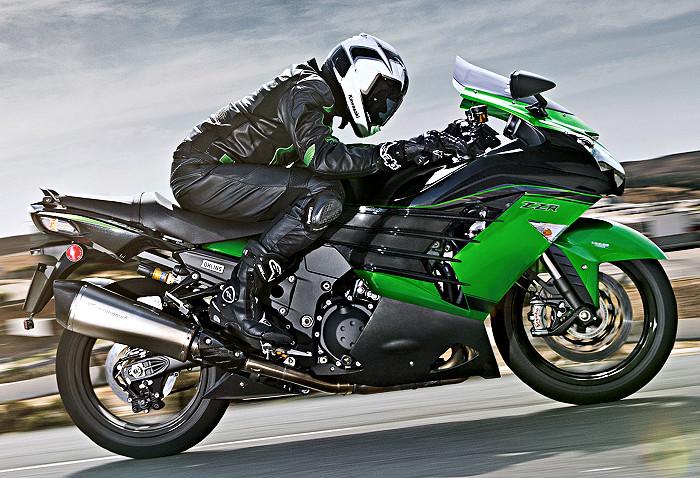 kawasaki-ZZR-1400-performance-sport-2018-700px