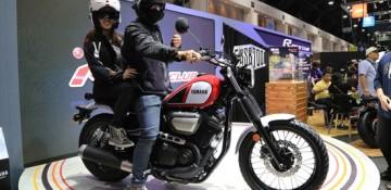 ยามาฮ่า ร่วมต้อนรับ คู่รักนักเดินทางเจ้าของ Page ดัง MotorBike Journey ในงาน Motor Expo 2017