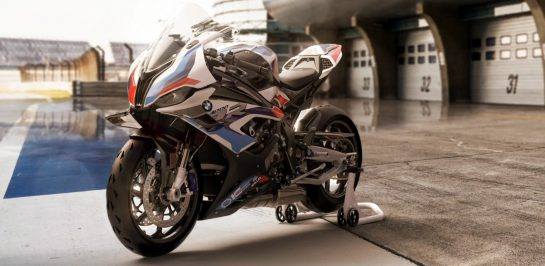 รีวิว 2021 BMW M1000RR [SPECS REVIEW]
