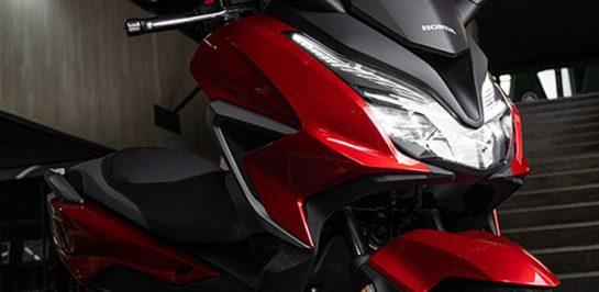 เตรียมเปิดตัว All New Honda Forza รุ่นใหม่ อาจใช้เกียร์ DCT กับเครื่องยนต์ที่ใหญ่กว่าเดิม? 14 ต.ค. นี้!