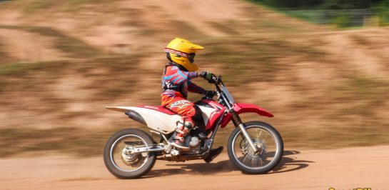 เรียนขี่มอเตอร์ไซค์ยังไงให้ลูก 'ขี่เป็น' และ 'ล้มเป็น' หลักสูตรจาก Honda Safety Riding Park Chiang Mai