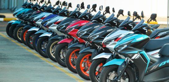 รีวิว All New Yamaha Aerox ทดสอบขับขี่ด้านการควบคุม, ความคล่องตัว และสมรรถนะของรถ!