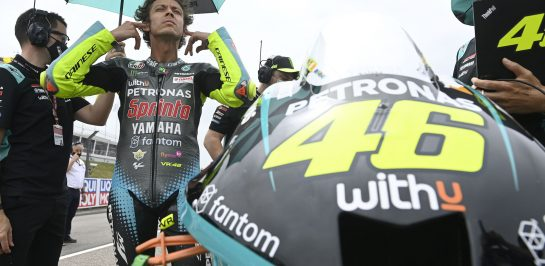 ประกาศอย่างเป็นทางการ Valentino Rossi เตรียมแขวนหมวกหลังสิ้นสุดฤดูกาล 2021